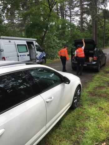 Politie controleert wagens om inbraken te voorkomen