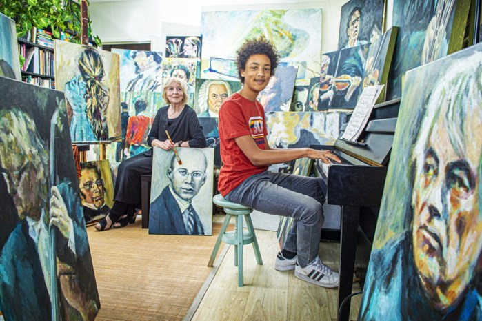 1,5 jaar schilderen om vleugelpiano voor virtuoze kleinzoon te kunnen kopen