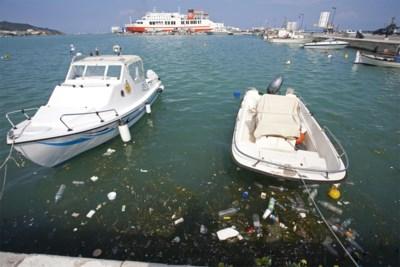 Elke minuut komen er 33.800 flessen bij in Middellandse Zee: toeristen zorgen voor massale vervuiling