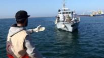 Tientallen vluchtelingen al dagen vast op schip voor Tunesische kust