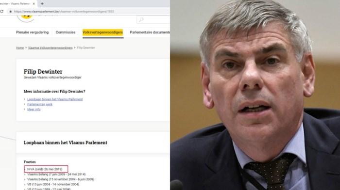 Website Vlaams Parlement maakt gewag van heel opvallende politieke transfer