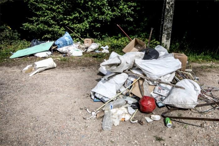 Gemeente laat sluikstorters 1.000 euro ophoesten voor opruimingskosten