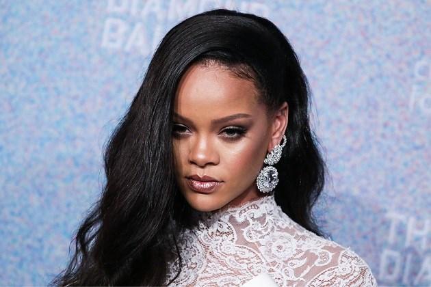 Rihanna toont dat ook littekens mooi kunnen zijn