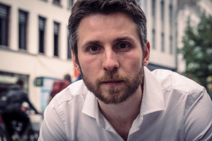 """Antwerpenaar die alles opnieuw moest leren na coma brengt tweede boek uit: """"We kunnen niet goed om met het vraagteken"""""""