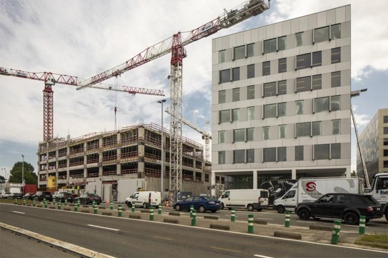 Geschil over bouw politiekantoor escaleert: ontwikkelaar stopt samenwerking met aannemer, stad start procedure