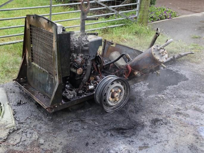 Brandende compressor zorgt voor felle rookpluim