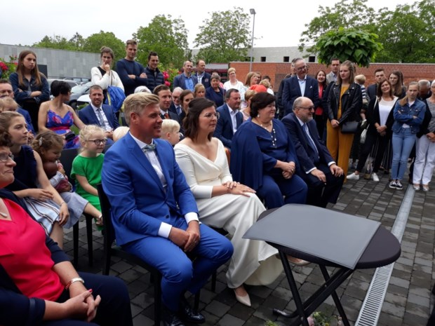 Dochter van Maggie De Block stapt in het huwelijksbootje