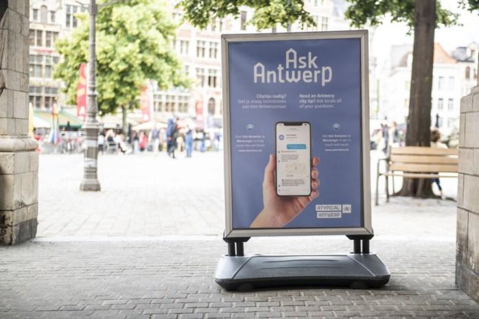 Ask Antwerp zoekt vrijwilligers die toeristen op juiste pad willen sturen
