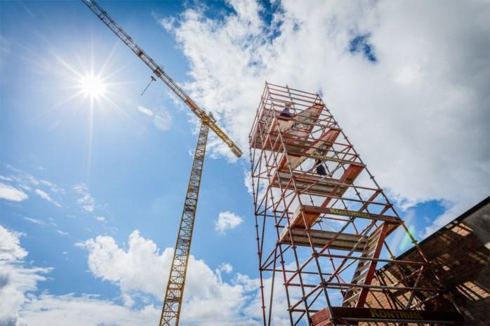 Uitkijktoren op werf woonproject lokt veel bezoekers naar Heistse berg