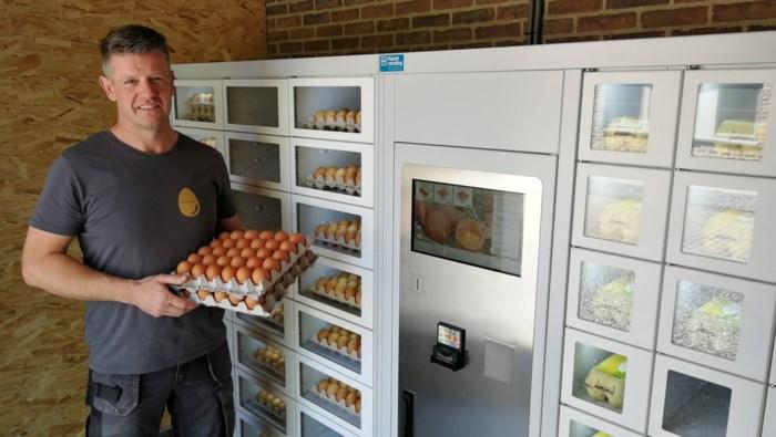 Eierautomaat maakt band tussen boer en klant nauwer