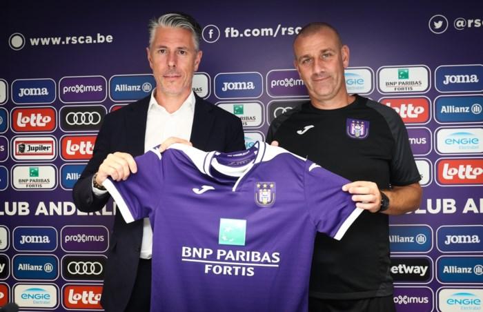 """Simon Davies officieel voorgesteld als coach bij Anderlecht: """"Kompany zal de laatste beslissing nemen"""""""