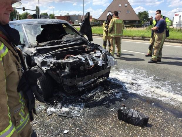 Range Rover uitgebrand op Ring