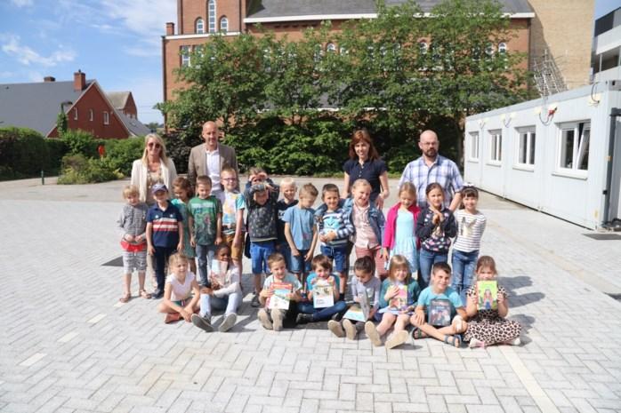 Klassen beloond voor bezoekjes aan bib