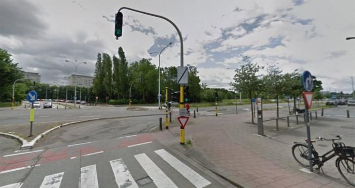 Fietser (65) overleden na aanrijding op Binnensingel