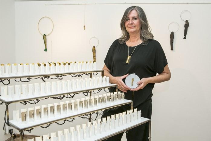 """Mich Carpentier studeert af als juwelenontwerpster aan Academie: """"Mijn inspiratie? Onze-Lieve-Vrouw, patroonheilige van Antwerpen"""""""