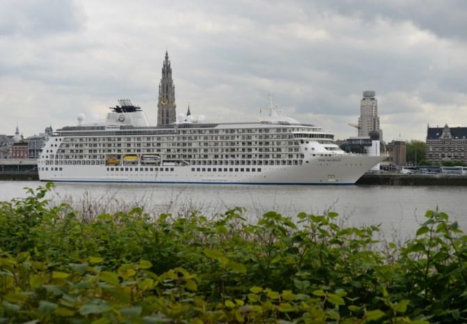 30 cruiseschepen stoten bijna evenveel zwavel uit als 200.000 auto's in de stad