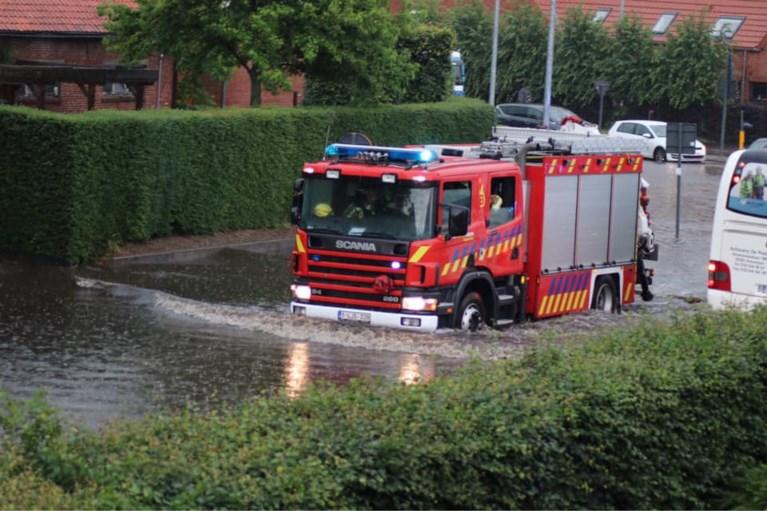 IN BEELD. Zware wateroverlast door onweer in gemeenten ten noorden van Antwerpen