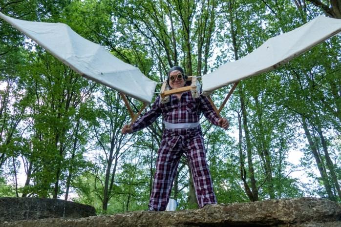 Scilla laat Icarus en baron de Caters opnieuw vliegen tijdens 32ste midzomerwandeling