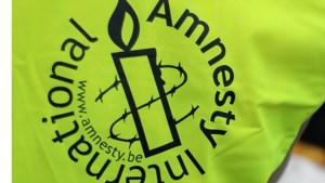 Amnesty International voert actie op kanaal Brussel-Charleroi
