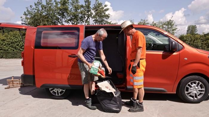 Twee dagen na de zondvloed: extra containers voor afval en bedorven eten