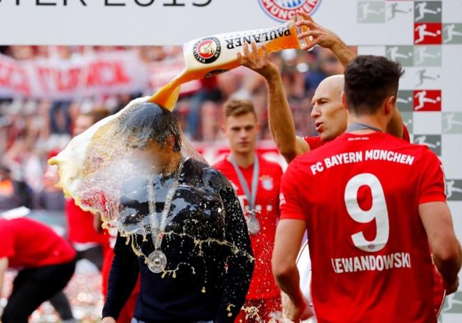 Spelers in Bundesliga moeten voortaan hersenscan ondergaan