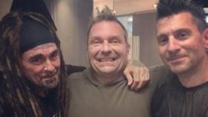Ziek belpopicoon zingt tot zijn eigen verbazing voor duizenden metalfans