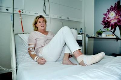 """Isabelle al zeker tien dagen in ziekenhuis na steek pieterman: """"Mijn tenen zagen zwart"""""""