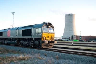 Naast goederen ook reizigers per trein naar Antwerpse haven? NMBS onderzoekt passagierstreinen op Ringspoor