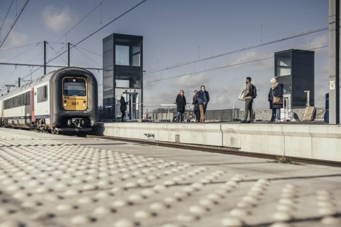 NMBS onderzoekt reizigerstreinen over volledige ringspoor rond Antwerpen