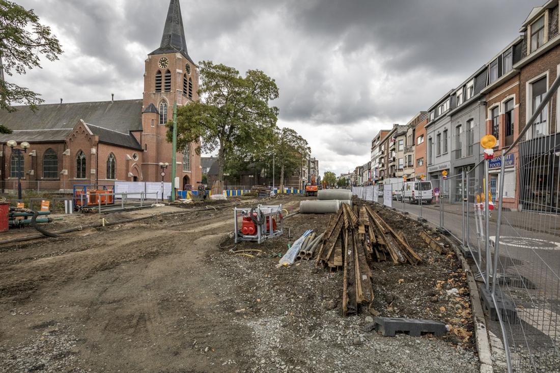 Marktkramers mogen vertrouwde stekje op Kioskplaats terug innemen en vieren dat met spaaractie - Gazet van Antwerpen