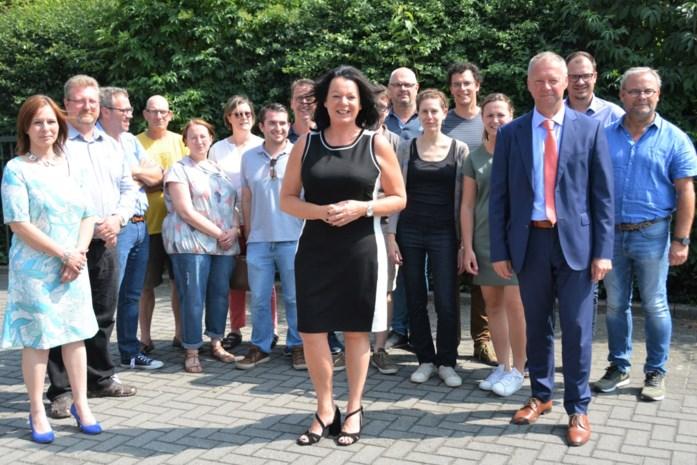 District eert vrouwelijke manager van het jaar