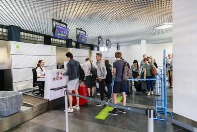 """Vakantie-uittocht in Deurne verloopt wél in alle rust: """"Wij wisten zelfs niet dat Antwerpen een luchthaven had"""""""