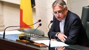 Dewael sluit federale regering met Vlaamse minderheid niet uit