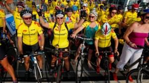 Gent zet record 'gele truien op een fiets op één locatie' op 683