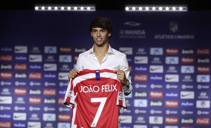 Atlético stelt recordaankoop Joao Felix voor en geeft hem rugnummer van Antoine Griezmann