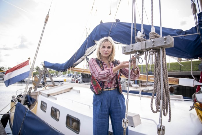 """Actrice Karlijn Sileghem helpt kinderen in rouw met overnachting op zeilschip: """"Verdriet en liefde horen bij elkaar"""""""