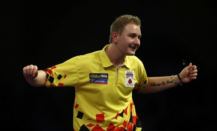 Merksemse dartsspeler Dimitri Van den Bergh zit vier maanden per jaar in Engeland