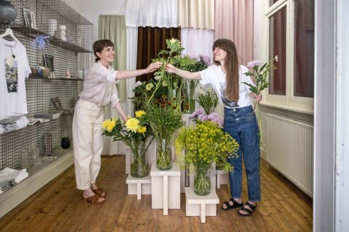 Marijke en Mayken openen bloemenwinkel Wilder
