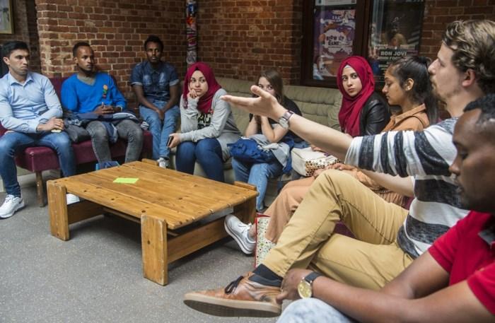 34 jongeren van vreemde origine krijgen kans om inburgeringscursus op maat te volgen