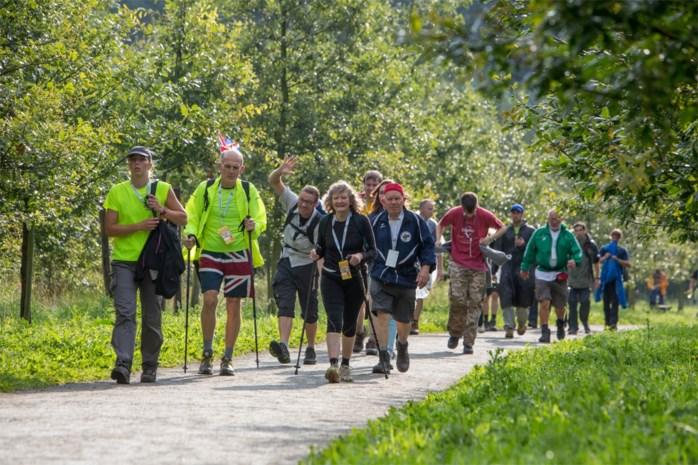 Dodentocht stuurt wandelaars terug door beruchte 'Hel van Londerzeel' voor jubileumeditie