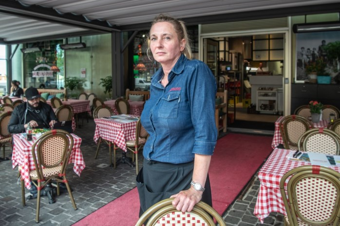 """Bekend pizzarestaurant is terrasvergunning op 't Eilandje kwijt: """"Geen terras, geen Da Giovanni"""""""