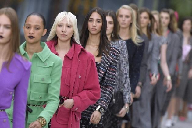 Chanel zet meer in op diversiteit en neemt daar ook iemand voor aan