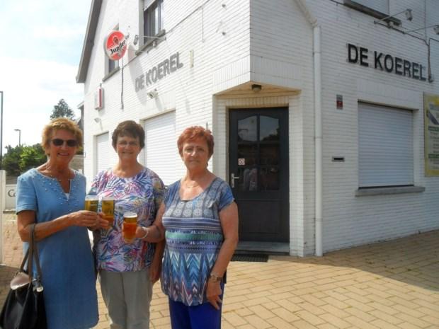 Toch feest op Witgoor-kermis: pop-uptent vervangt gesloten café De Koerel