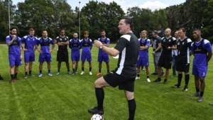 Veel ongeloof en woede, maar ook strijdvaardigheid bij spelers en trainers van Beerschot
