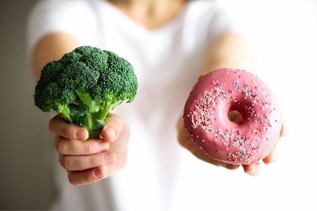 Zoveel calorieën minder moet je eten om slanker en gezonder te worden