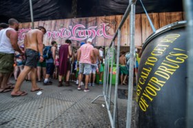 """Dode Tomorrowland: """"ernstige aanwijzingen van druggerelateerd overlijden"""" volgens parket"""