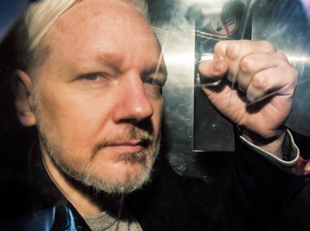 """""""Julian Assange wordt uitgeleverd aan Verenigde Staten"""""""