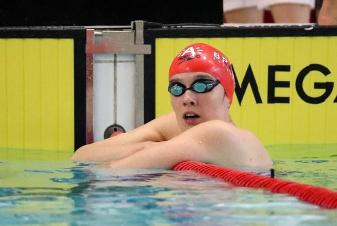 WK ZWEMMEN. Kimberly Buys strandt in reeksen 100m vlinderslag, estafetteploeg grijpt naast olympisch ticket