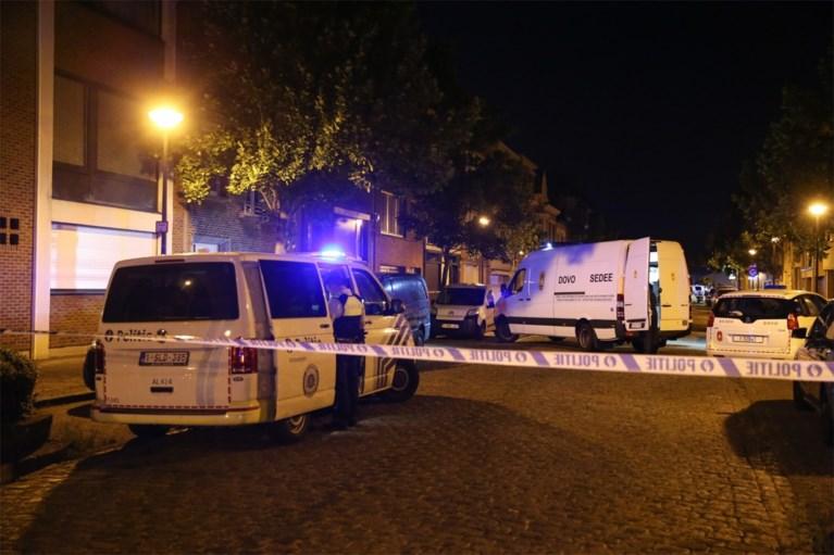 Granaatontploffing in Berchem: wagens en gevels beschadigd, twee inslagen vastgesteld