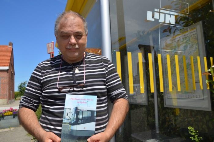 """Voormalig buschauffeur schrijft boek: """"In de bus heb je meer last van dronkaards dan van agressie"""""""